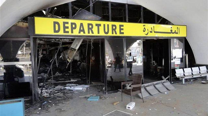 Λιβύη: Επίθεση με ρουκέτες στο αεροδρόμιο Λάμπρακ