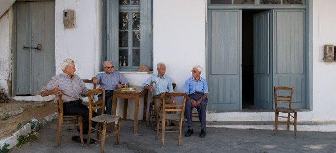 Eurostat: Στους 10 πιο «γερασμένους» νομούς της Ευρώπης οι Ευρυτανία, Γρεβενά, Αρτα και Σέρρες