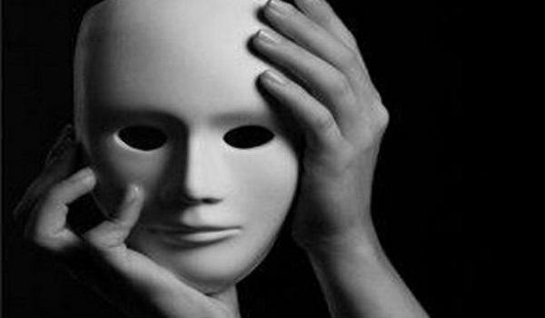 Γνωστός ηθοποιός κατηγορείται για παρενόχληση ανηλίκων