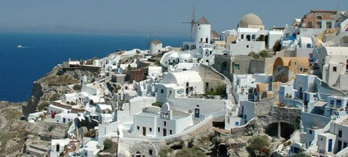 Ξένος δημοσιογράφος περιγράφει την εμπειρία του:  Οι διακοπές μου στην Ελλάδα εν μέσω δημοψηφίσματος και capital controls [εικόνες]