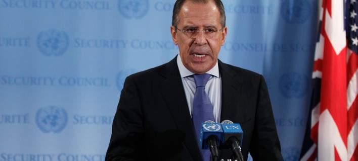 Λαβρόφ (ΥΠΕΞ Ρωσίας): Δεν θέλουμε να ρίξουμε λάδι στη φωτιά ανάμεσα σε Ελλάδα και Ευρώπη