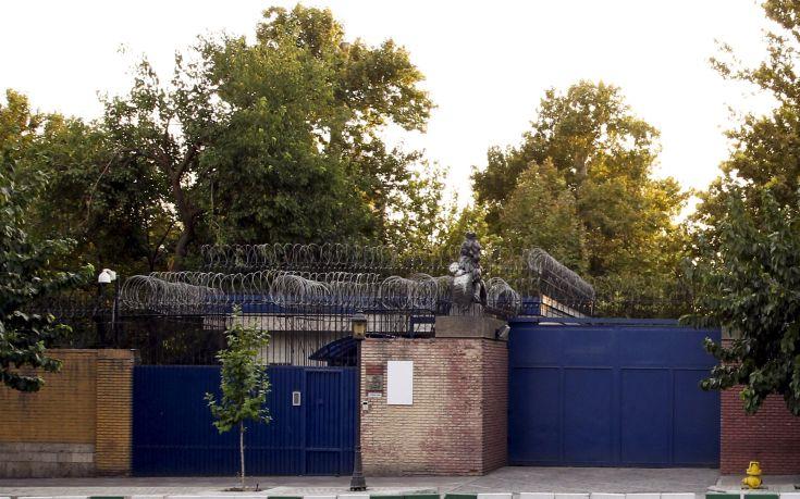 Επαναλειτουργεί από σήμερα η βρετανική πρεσβεία στο Ιράν