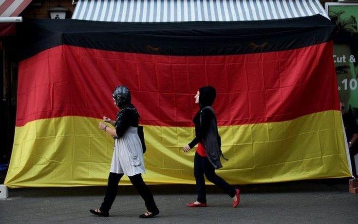 Περισσότερες από 400.000 αιτήσεις για άσυλο περιμένει εφέτος η Γερμανία