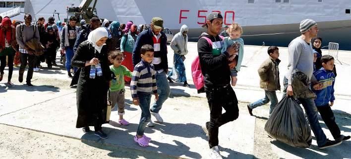 Τουλάχιστον 2.200 μετανάστες διασώθηκαν στη Μεσόγειο από τις ιταλικές αρχές