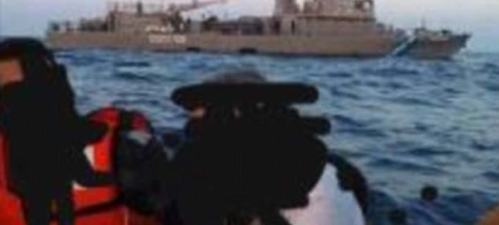 Μετανάστες καταγγέλλουν πειρατικές επιθέσεις στο Αιγαίο: Μας κλέβουν και μας χτυπούν