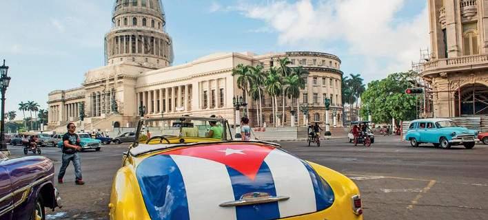 Ιστορική συμφωνία: Αεροπορική σύνδεση ΗΠΑ-Κούβας μετά από 50 χρόνια