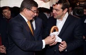 Γελάει όλο το Twitter με τον #dr_tsipras