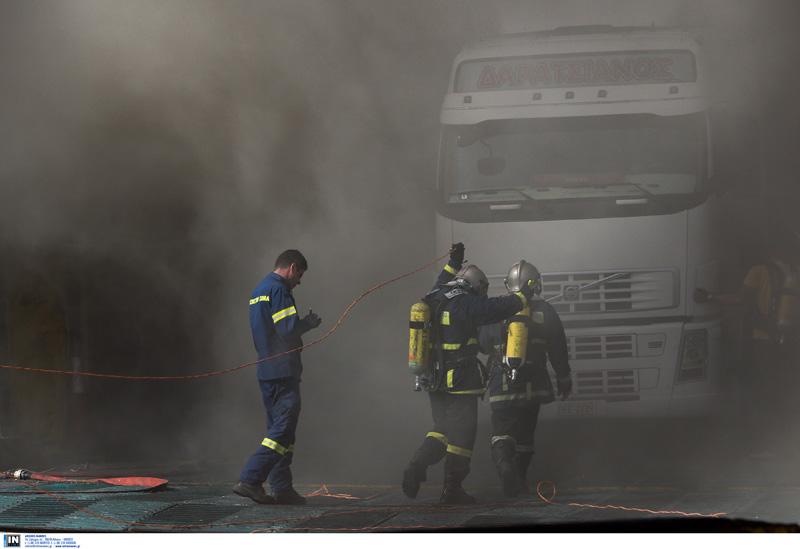 Φωτιά ΤΩΡΑ στη Νέα Μανωλάδα – Κλειστή η εθνική οδός Πατρών – Πύργου