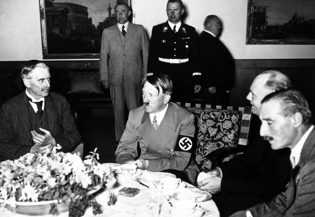 Τι έτρωγε ο Χίτλερ, ο Μουσολίνι, ο Στάλιν και άλλοι δικτάτορες
