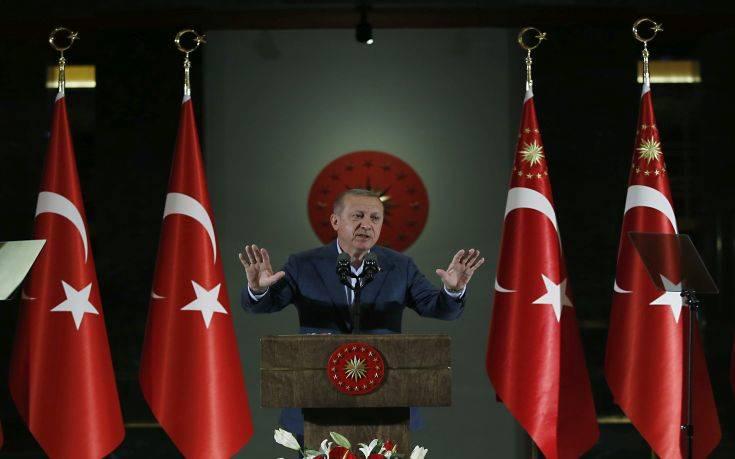 Με νέο «Αττίλα» απειλεί ο Ερντογάν