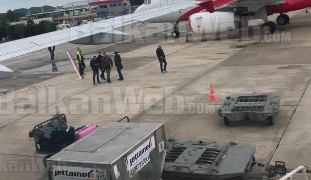 Αλβανία: «Οι ληστές του αεροδρομίου ήταν κομάντος και όχι κακοποιοί»