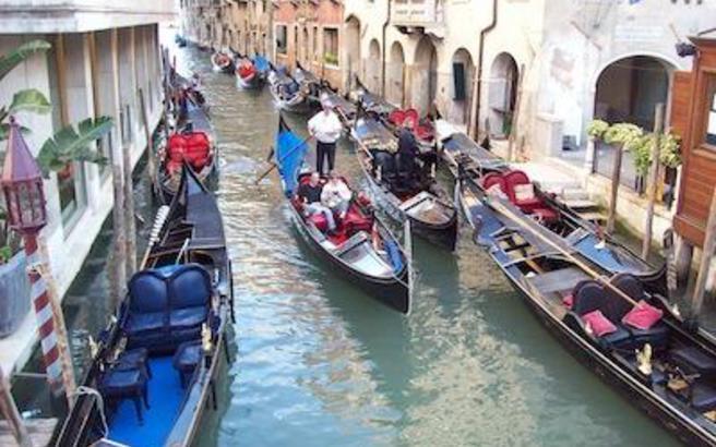 Ανοχή τέλος για τους «ασεβείς» από το δήμο της Βενετίας