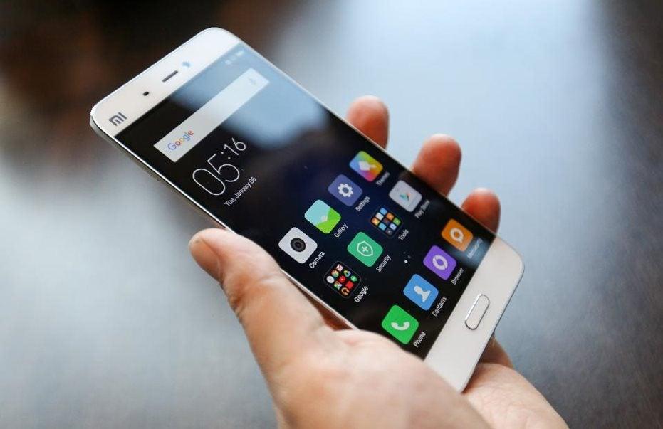 """Εξαπατήσεις μέσω sms: Πώς """"κάνουν φτερά"""" 6,42 ευρώ την εβδομάδα"""