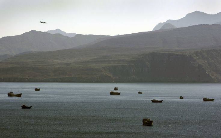 Η Δανία στηρίζει τη βρετανική πρόταση για ναυτική αποστολή στο Στενό του Χορμούζ