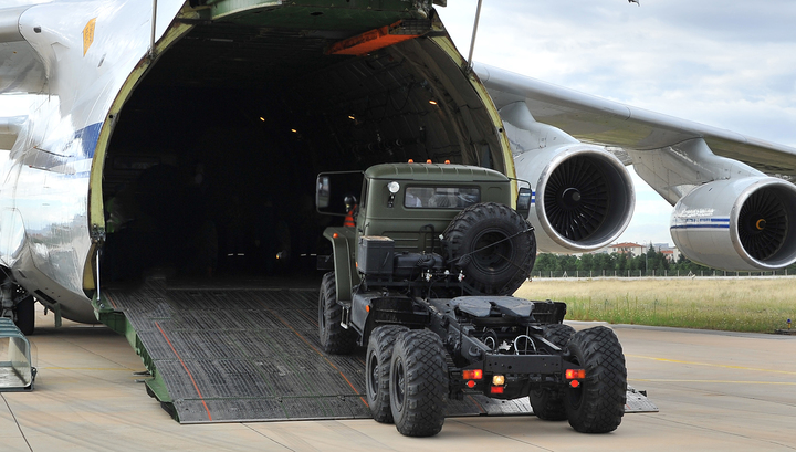 Έβδομο ρωσικό αεροσκάφος με S-400 προσγειώθηκε στην Άγκυρα