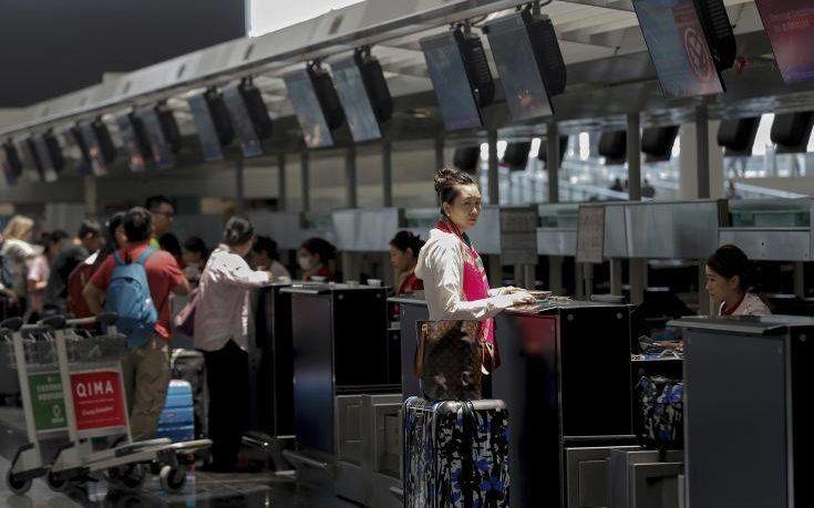 Αεροπορική εταιρεία στο Χονγκ Κονγκ απέλυσε πιλότους επειδή συμμετείχαν σε διαμαρτυρίες