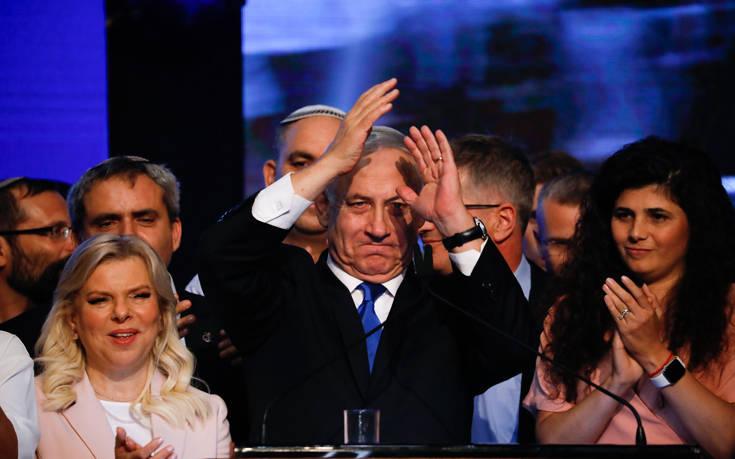 Εκλογές στο Ισραήλ: Ο Νετανιάχου καλεί τον Γκαντς να σχηματίσει κυβέρνηση μαζί του
