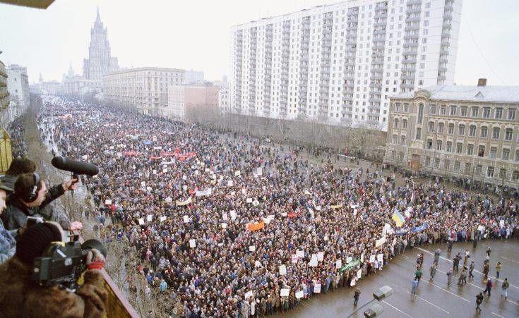 Ρωσία: Καταργούνται περισσότερες από 20.000 κανονιστικές πράξεις από εποχής Σοβιετικής Ένωσης