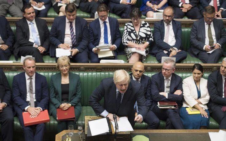 Βαθαίνει η κρίση στη Βρετανία λόγω… Brexit: Στα δικαστήρια η κυβέρνηση του Μπόρις Τζόνσον