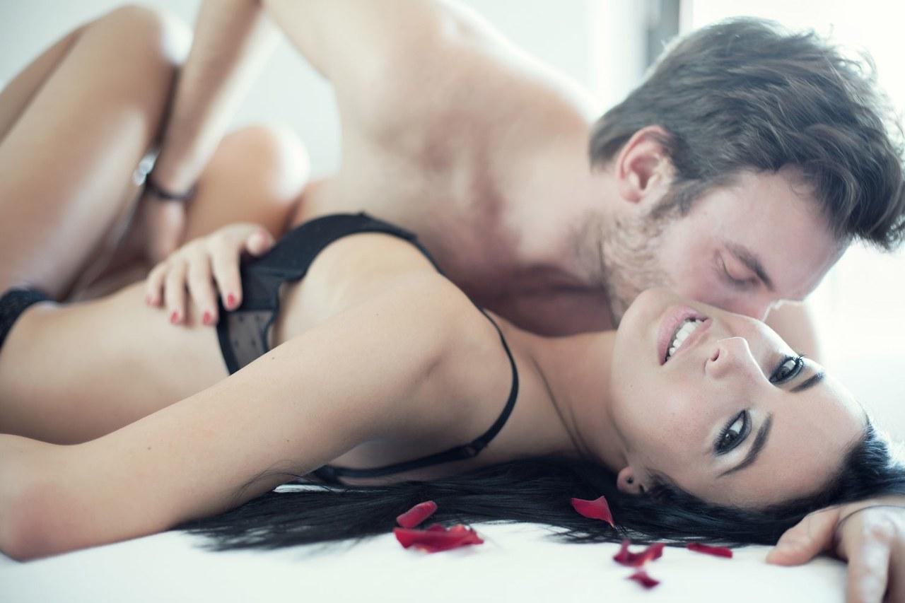Τι θέλουν οι γυναίκες στο κρεβάτι ανάλογα με την ηλικία τους