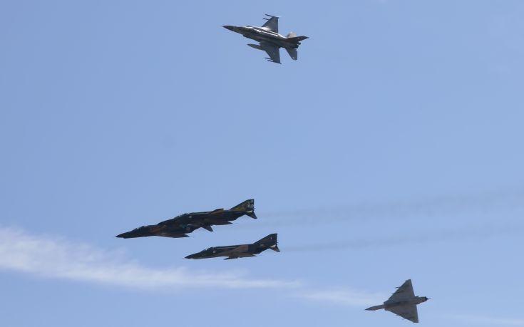Συνεχίζεται η στρατηγική της έντασης από την Τουρκία, μαχητικά πέταξαν πάνω από τη Ρω