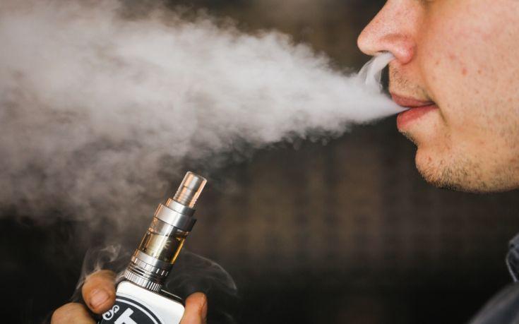 Η Νότια Κορέα δεν αποκλείει απαγόρευση των πωλήσεων ηλεκτρονικών τσιγάρων