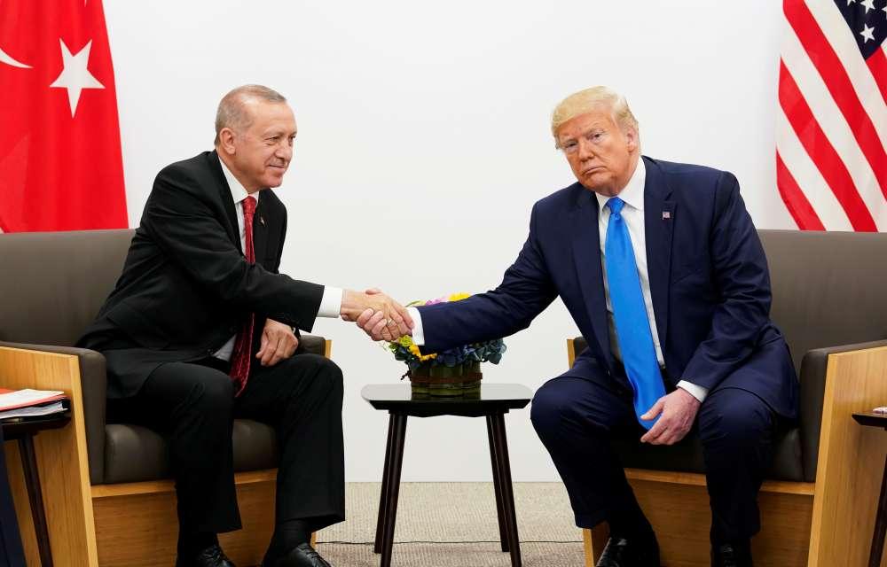 Δήλωση-φωτιά:  «Μην περιμένει η Ελλάδα βοήθεια του Τραμπ σε ένα θερμό επεισόδιο με την Τουρκία»
