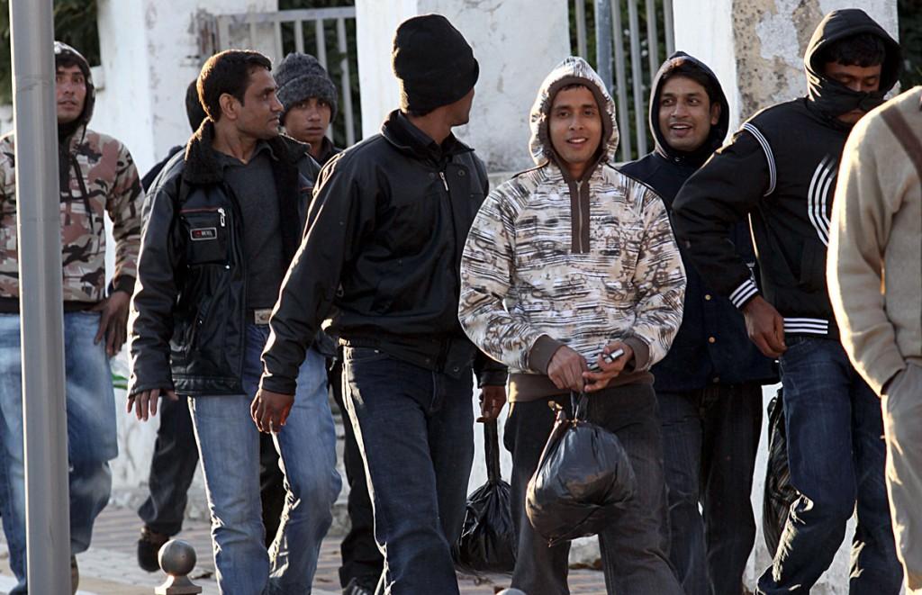 Κραυγή αγωνίας απο Ελληνίδα: Είμαι περικυκλωμένη απο μετανάστες, φοβάμαι να πάω σπίτι μου