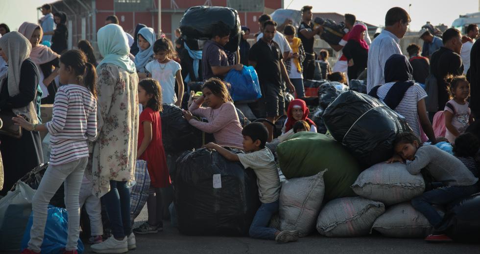 Δημοσκόπηση: Τι λένε οι πολίτες για το Προσφυγικό – Πώς αξιολογούν τους υπουργούς της κυβέρνησης