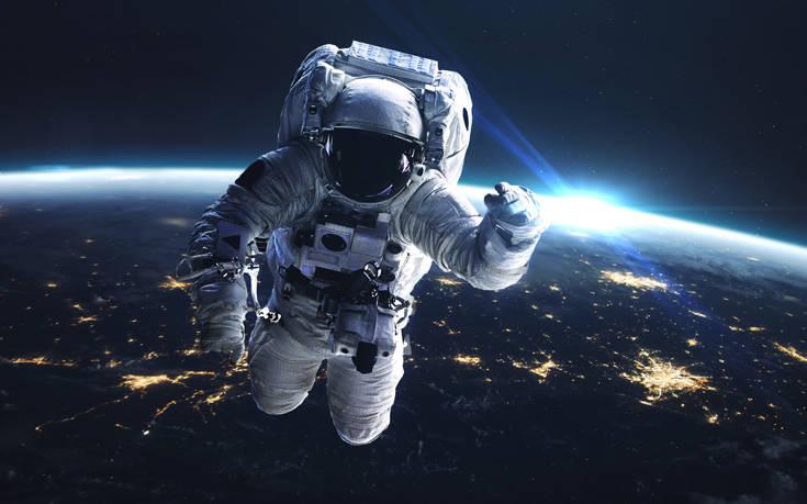 Κορονοϊός: Αστροναύτες μας συμβουλεύουν για το πώς θα ανταπεξέλθουμε σε συνθήκες απομόνωσης