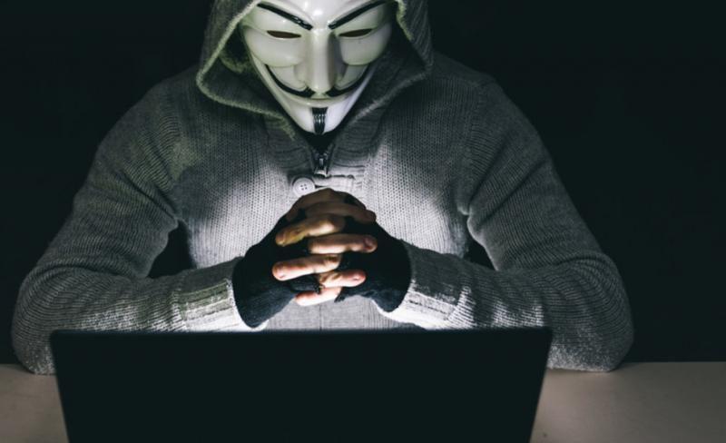 Anonymous κατά ΠΟΥ: «Αποτύχατε, αργήσατε να πάρετε μέτρα»